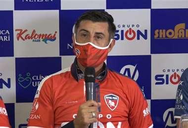 Cristian Díaz, nuevo DT de Royal Pari. Foto: Captura video