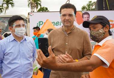 Ayer, Áñez participó en actividades de su campaña