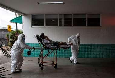 En Manaos, pacientes con Covid-19 piden oxígeno/Foto: AFP