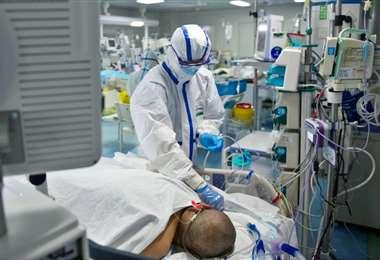 Las cifras se basan en los reportes comunicados diariamente por autoridades sanitarias