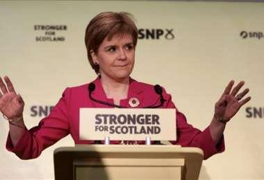 """""""No queríamos irnos y esperamos volver pronto como socio de pleno derecho"""", dijo Sturgeon"""