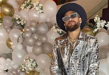 Así vistió Neymar en su fiesta de Año Nuevo