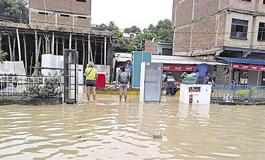 Llevan ayuda a Guanay, la zona más afectada por inundaciones | EL DEBER