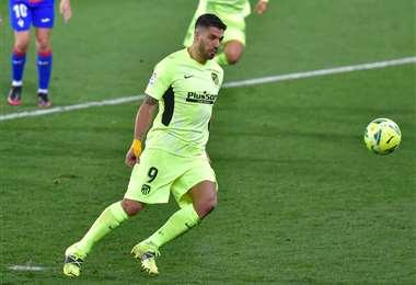Luis Suárez marcó su segundo gol, ante Eibar, de penal. Foto: AFP