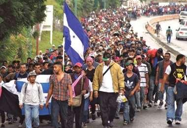 Miles intentan llegar a EEUU. Foto AFP