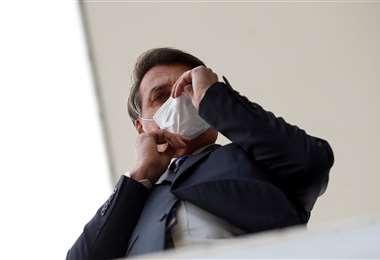 El coronavirus derrumba popularidad de Jair Bolsonaro