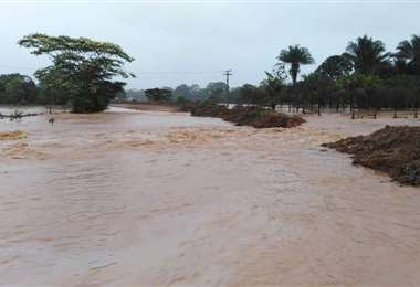 Sigue el alerta por posibles desborde de ríos en el país (Foto: EL DEBER)