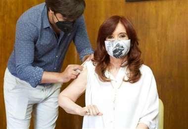 Cristina Fernández fue vacunada contra el Covid-19
