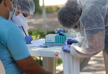 Este jueves llegaron las primeras dosis de la vacuna rusa