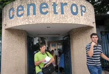 Cambian al director de Cenetrop en Santa Cruz