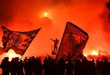 Un grupo de hinchas de Marsella provocaron este sábado disturbios. Foto: AFP