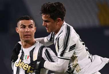 El festejo de Cristiano Ronaldo y Paulo Dybala, ambos de la Juventus. Foto: AFP