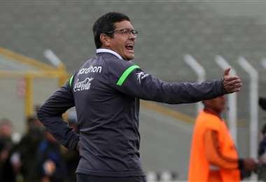Soria también fue DT de la selección boliviana. Foto: Internet