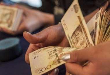 Prestatarios cuyos créditos fueron diferidos pueden refinanciar o reprogramar préstamos