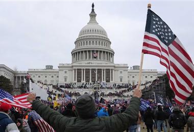 Escena de la toma del Capitolio