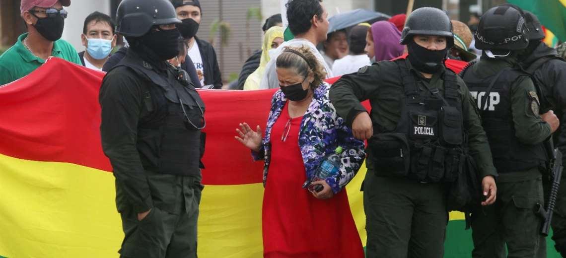La Policía intervino en varios puntos de bloqueos/Foto Ipa  Ibañez