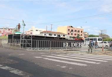 preparativos para el wiphalazo provoca caos vehicular en la Ramada. Foto: JC Torrejón