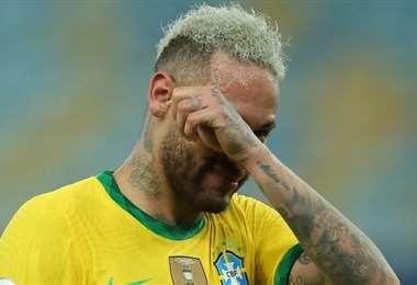 Neymar recibe críticas dentro y fuera de la cancha. Foto: Internet