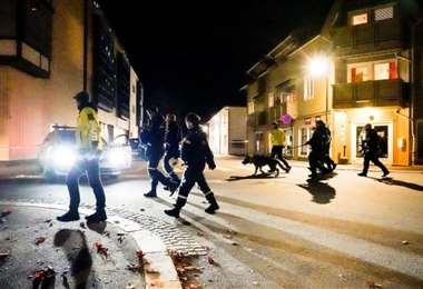 Ataque en Noruega: un hombre armado con arco y flechas mata a varias personas en Kongsberg