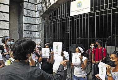 Gobierno cubano acusa a Estados Unidos de estar detrás de protestas