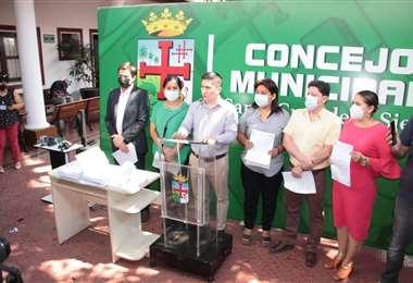 Concejales de C-A denuncian sobreprecio en el BTR