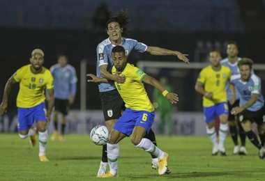Brasil y Uruguay se enfrentarán este jueves en Manaos. Foto: Internet