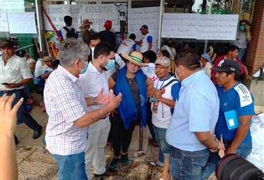 La Gobernación invitó a instalar las mesas de diálogos a los interculturales.