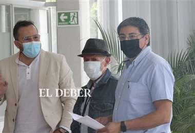 Padre del gobernador acudió a la Fiscalía Departamental de manera simbólica. JC. Torrejón