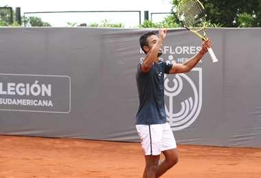 El festejo de Dellien, que clasificó este jueves a cuartos de final en Chile.