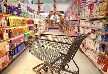Los supermercados retomarán su atención el martes. Foto referencial: Hipermaxi