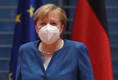 La canciller alemana defiende su postura