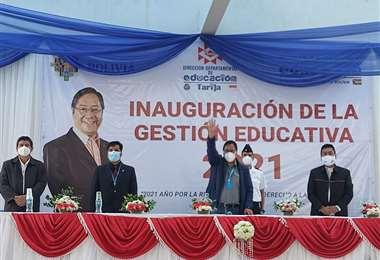 La inauguración de la gestión escolar I Educación.