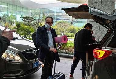 Así abandonaron Wuhan los expertos de la OMS. Foto. AFP