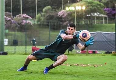 Carlos Lampe, arquero de Always Ready. Foto: club AR
