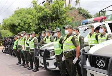 800 efectivos se desplazarán en la capital cruceña durante el Carnaval. Foto. Internet