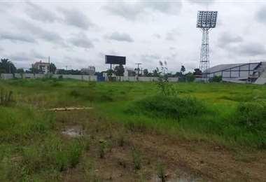 En este estado se encuentra hoy el estadio de Warnes. Foto: internet