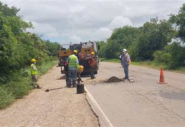 ABC realiza mantenimiento de carreteras/Foto: ABI