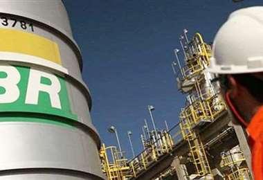 La crisis golpea al sector petrolero