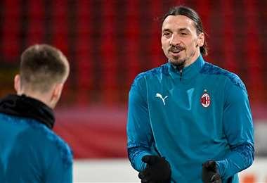 Ibrahimovic, en un entrenamiento con el AC Milan. Foto: AFP