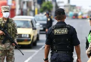 Unos 55.000 militares y 60.000 policías participan en las tareas de patrullaje