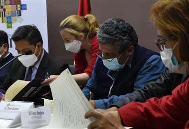 La firma del acuerdo debe plasmarse debe plasmarse en la Ley (Foto: Marka Registrada)