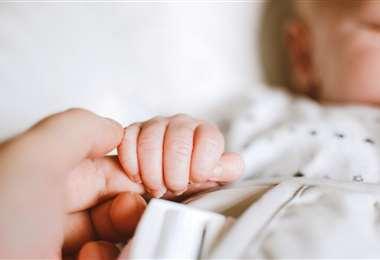 La mano de un niño I Referencial.