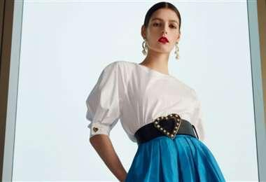 Este es uno de los vestidos de la nueva colección de moda de CH