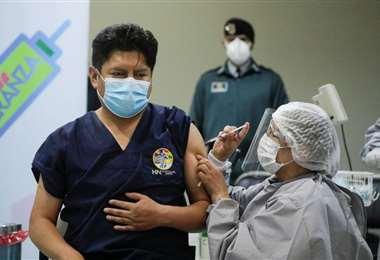 La colocación de la segunda dosis de vacunas avanza en el país. Foto: Internet