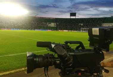 Tigo es la empresa que compró los derechos de Tv del fútbol boliviano. Foto: J. Ibáñez