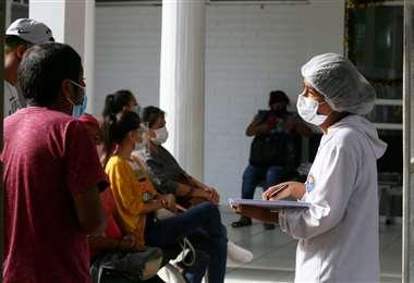 El personal de salud se enfrenta a la segunda de ola de Covid-19. Foto: Jorge Ibáñez