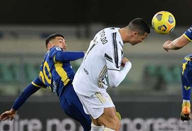 Cristiano Ronaldo marcó un gol este sábado para Juventus. Foto. AFP