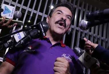 La conferencia de Reyes Villa después de su inhabilitación (Foto: APG Noticias)