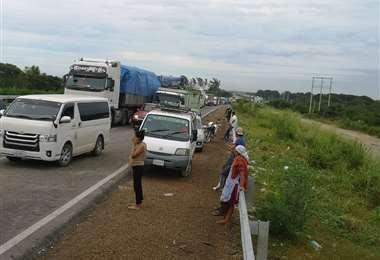 Esta semana los productores bloquearon varias carreteras en Santa Cruz