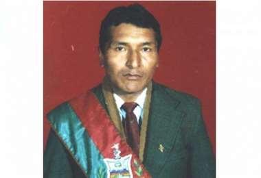 Mateo Laura, exprefecto, es el nuevo candidato a la Gobernación de La Paz